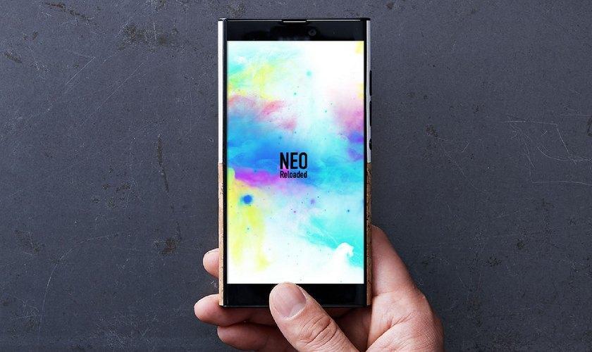 NuAns Neo Reloaded променял Windows 10 Mobile на Android
