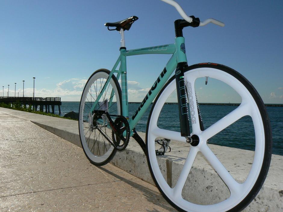 Bianchi - итальянский производитель легендарных велосипедов - фото 1
