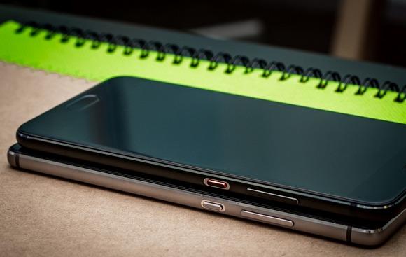 Huawei P9 и P10-дизайн сравнение