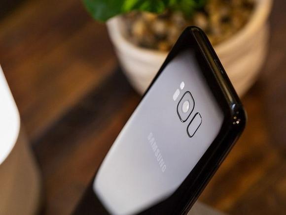 Samsung Galaxy S8-гладкий корпус