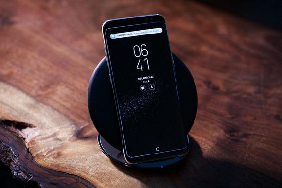 Новинки Samsung Galaxy S8-зарядка устройства