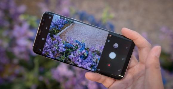 Новинки Samsung Galaxy S8-hands-on 1