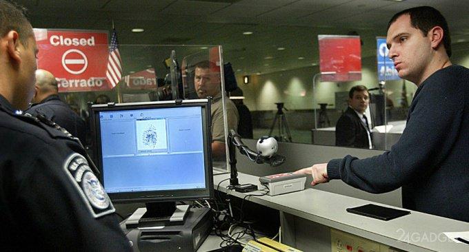 Власти США могут начать требовать от туристов сообщать свои аккаунты в соцсетях