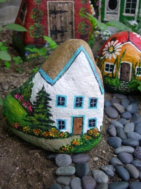 Креативный сад-роспись на камне