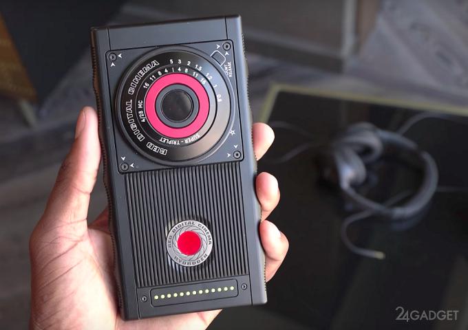 «Голографический» смартфон RED Hydrogen One показали на видео