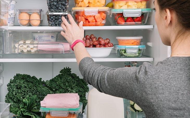 Как правильно хранить продукты в холодильнике удивительно просто, безумно актуально – Порядок в холодильнике
