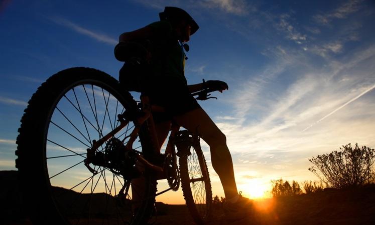 Велосипед-и закат