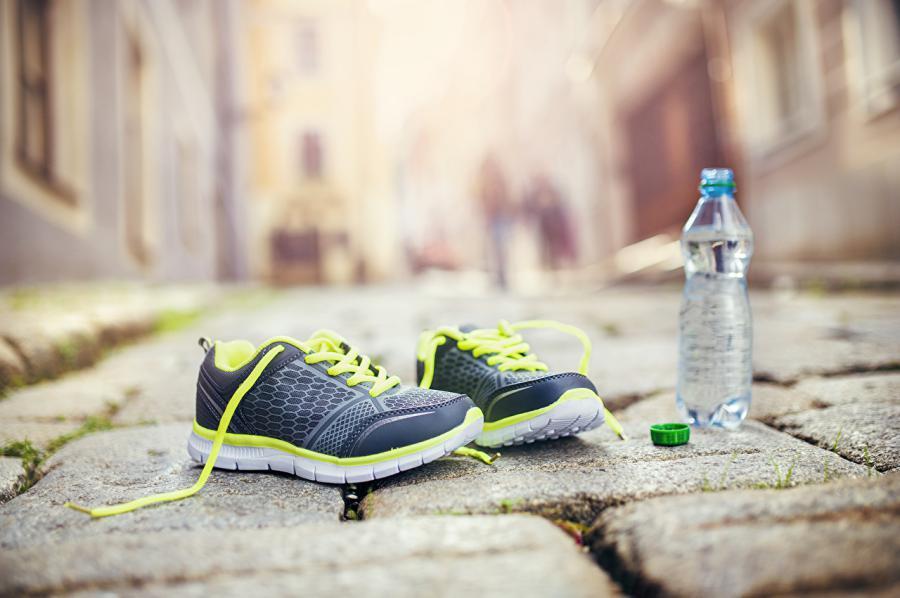 Правильный уход за обувью как стирать кроссовки в стиральной машине – Спортивные кроссовки