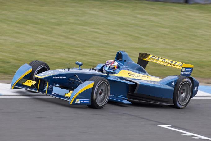 Команда Nissan заменит Renault в гонках серии электроболидов Formula E - фото 1