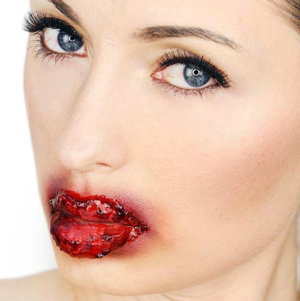 Кровавые губы-идеи для Хэллоуина