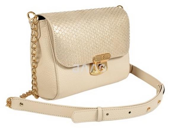 Лучшие идеи подарков для любимых в День Святого Валентина – женская сумка