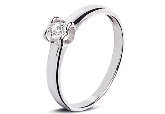 Лучшие идеи подарков для любимых в День Святого Валентина – помолвочное кольцо
