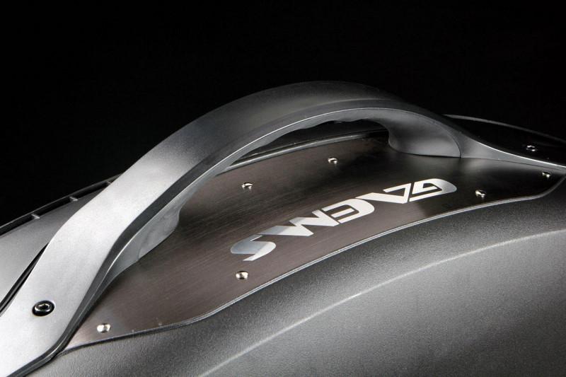 Gaems Vanguard — уникальный жесткий кейс для PS4 и систем Xbox – Gaems Vanguard ручка 2