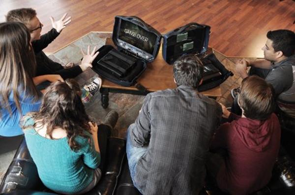 Gaems Vanguard — уникальный жесткий кейс для PS4 и систем Xbox – Gaems Vanguard игроки