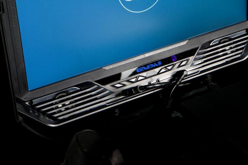 Gaems Vanguard — уникальный жесткий кейс для PS4 и систем Xbox – Gaems Vanguard аудиовыходы
