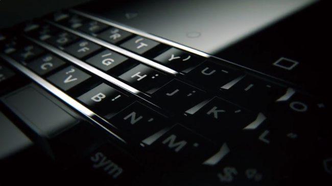 "#MWC | Instead of ""Mercury"" presents BlackBerry KEYone"