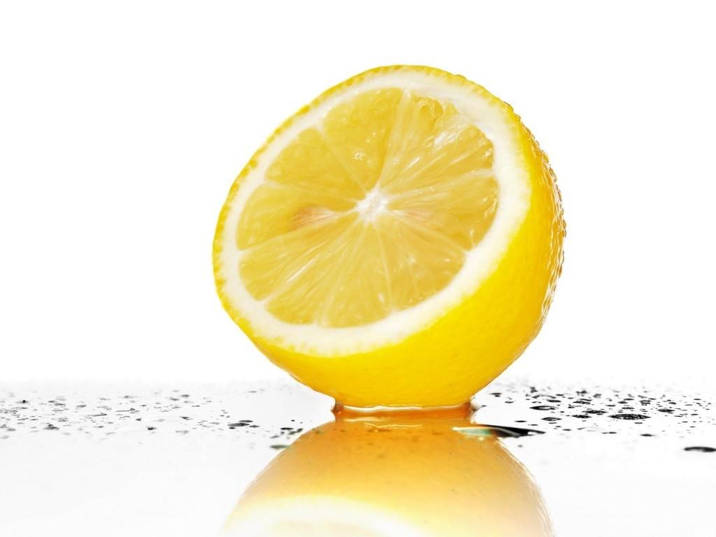 7 бюджетных средств от всевозможных пятен - Лимонный сок