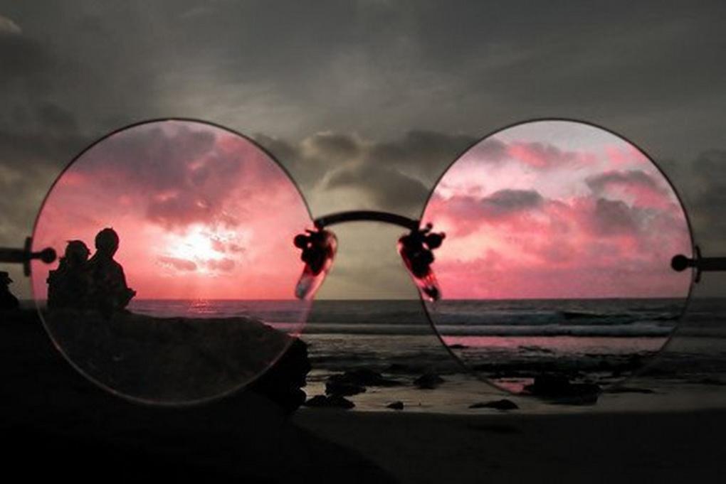 Розовые очки-