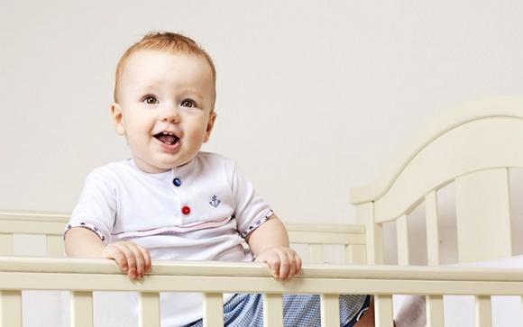 Как выбрать детскую кроватку – советы молодым родителям – Материал кроватки