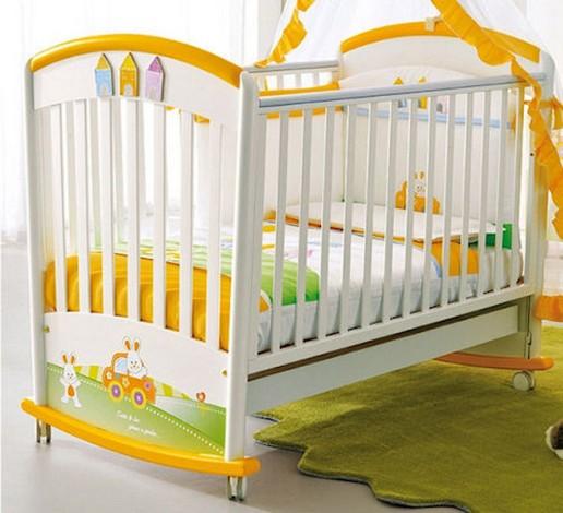 Как выбрать детскую кроватку – советы молодым родителям – Деревянная кроватка с пластиковыми деталями
