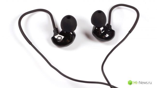 5136 Review of Brainwavz headphones B150 — unusual, but well