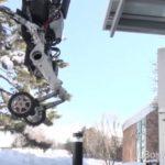 3645 Robot loader on wheels (live)