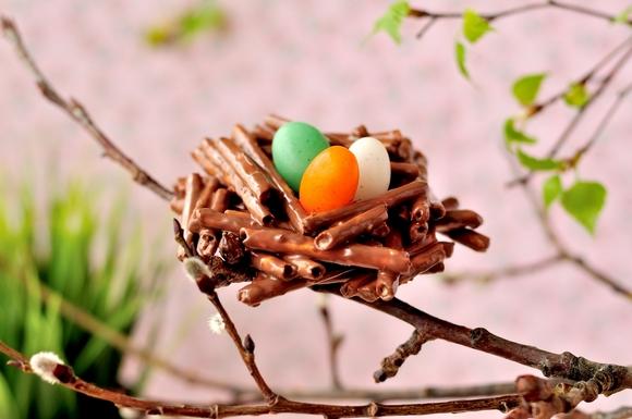 Пасхальный десерт-шоколадные гнезда