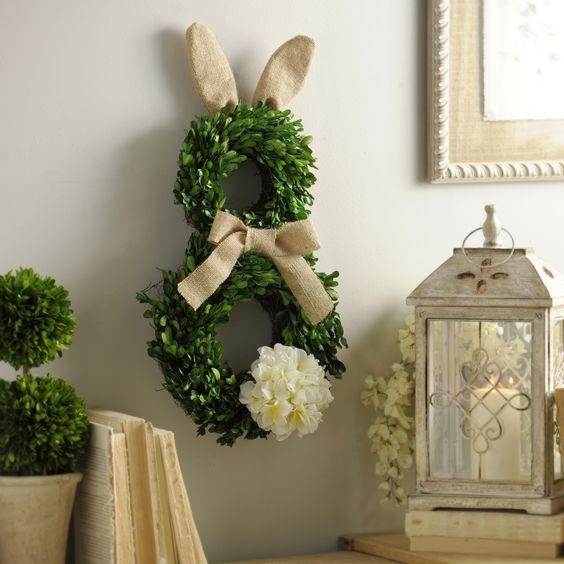 Пасхальный заяц-венок на стену