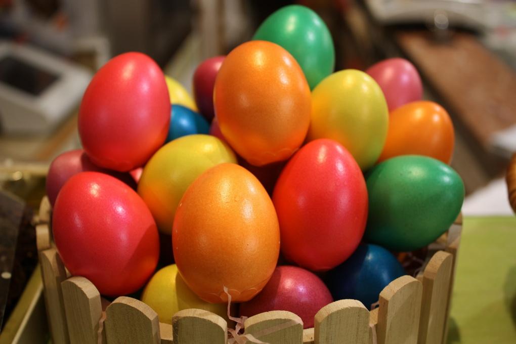 Сладости в виде яйца-фото