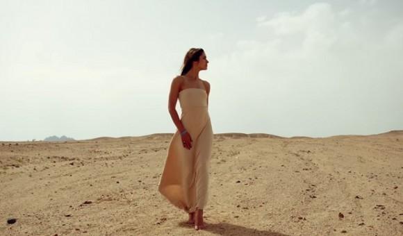 6674 Odessa presented on Kickstarter dress-transformer Omnia 2Go