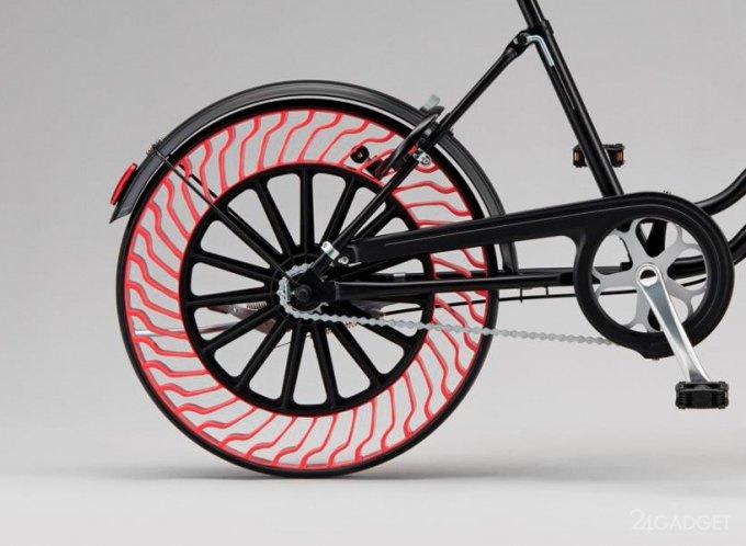 Японцы изобрели шины, которые не надо накачивать (4 фото)