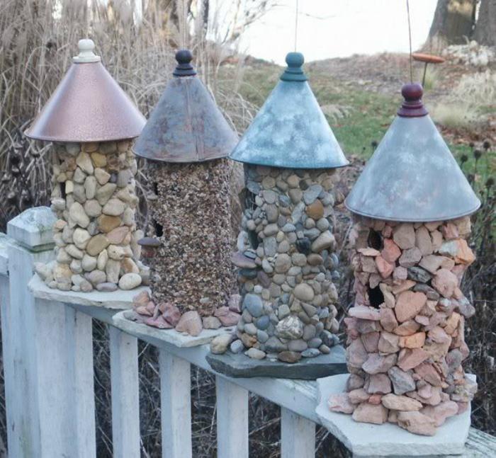 Каменные скворечники-фото