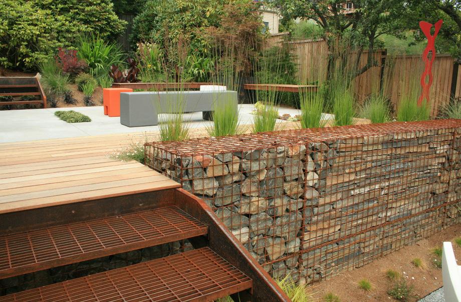 Современный сад-габионы фото 4