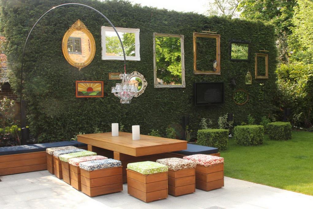 Зеркала в оформлении сада-идеи