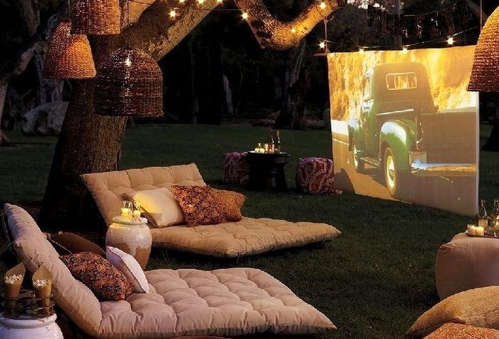 Кинотеатр в саду-идея