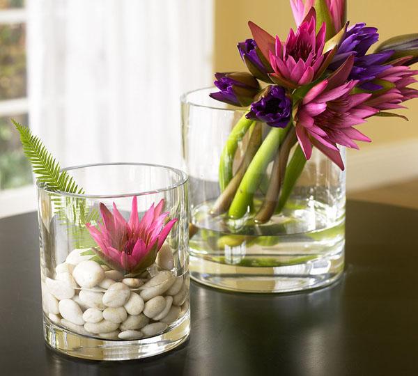 Композиции с цветами в стекле-фото 1
