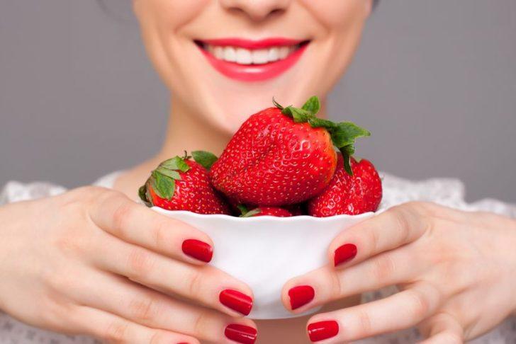 Достаточно несколько ягод клубники, что бы оставаться молодым