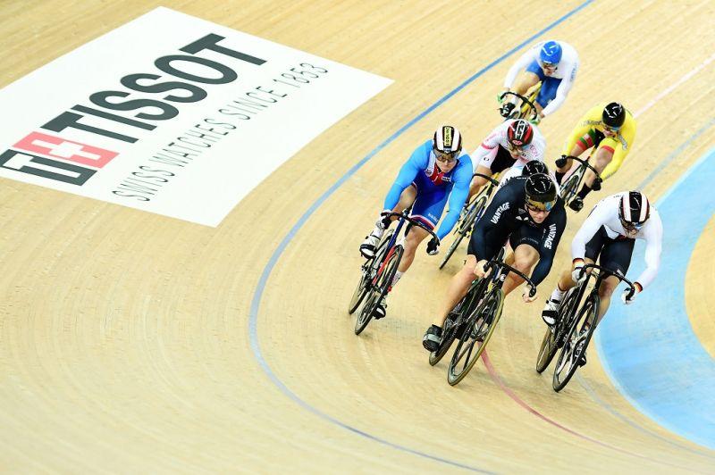 История часового бренда Tissot сделано в Швейцарии – Реклама Tissot на велогонках