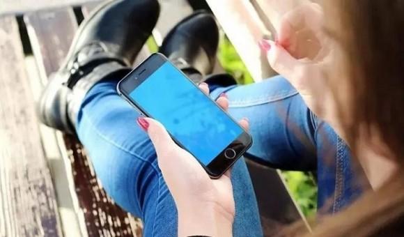 В сеть попала информация о дизайне нового iPhone - главное фото