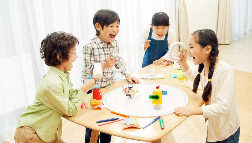 Sony Toio: robots-toys modern kids