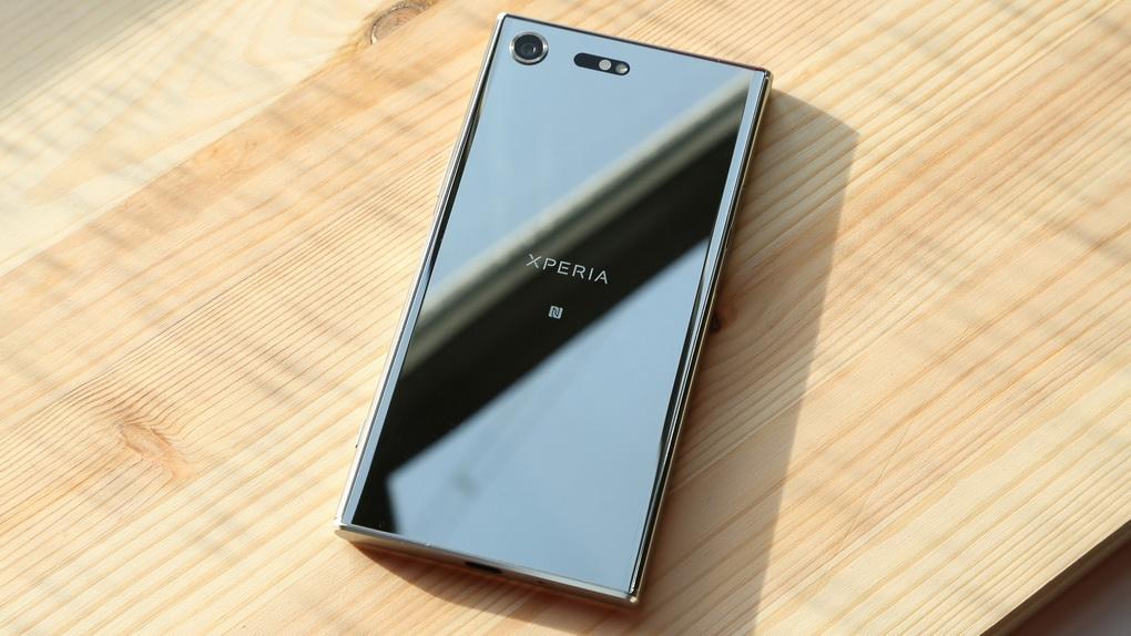 Sony Xperia XZ Premium-задняя панель фото 2