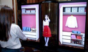 12692 Transparent LG showed a 77-inch OLED display