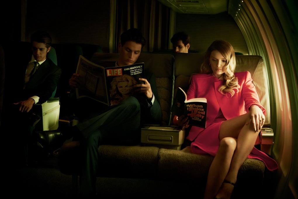 Чтение в самолете-как скоротать время