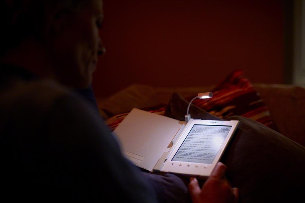 reading people-photo 3