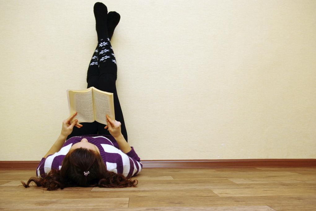 Чтение бумажных книг-процесс