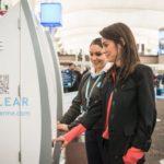 14819 Delta identificeret passengers by fingerprints (2 photos)