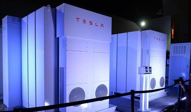 Elon Musk will build in Australia, the world's largest energohranilische