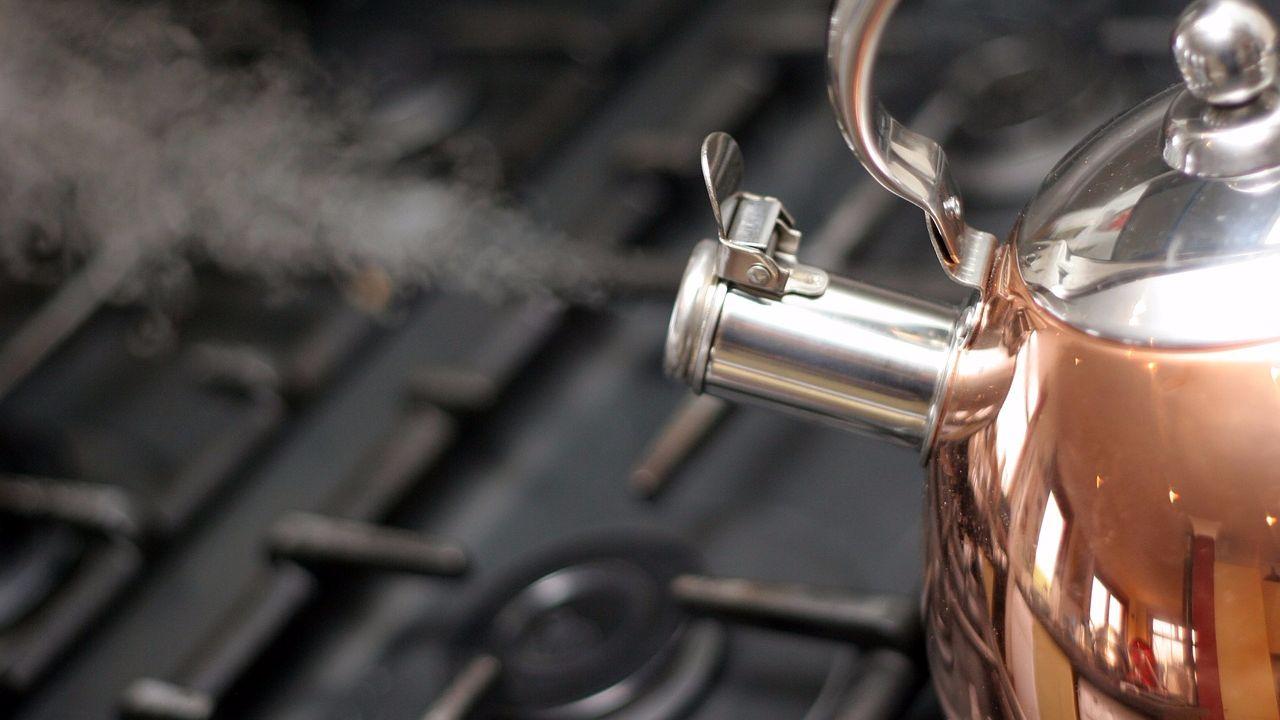 Как очистить чайник от накипи – чайник кипит