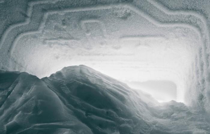 Как размораживать холодильник правильно и быстро – Обледеневшая морозильная камера