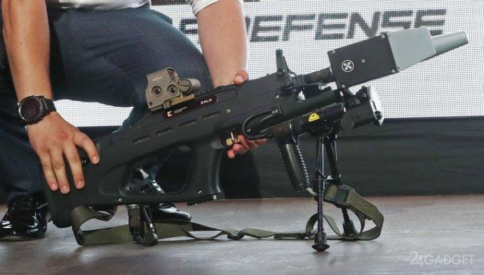 "Killer drones and cell phones from concern ""Kalashnikov"" (3 photos + video)"